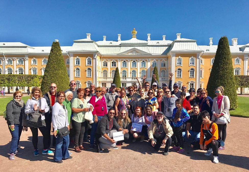 Ventajas de viajar en nuestras salidas grupales con guías acompañantes